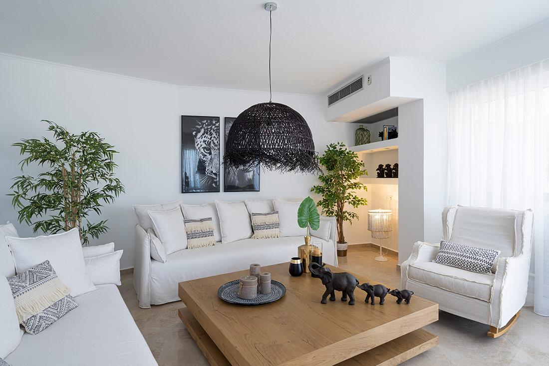 Helen Luxury Holiday - Living Room